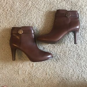 Tory Burch booties size 9